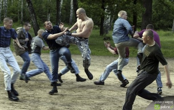russkoe-porno-skvirt-shtanah